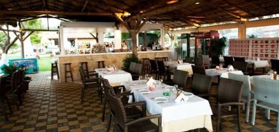Akti (beach restaurant bar)
