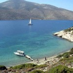 Boat trips to the satellite islets of Nikouria and Gramvousa