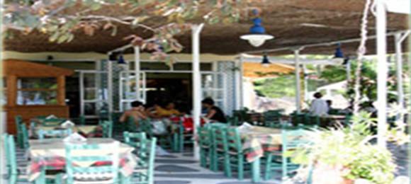 Petros Taverna