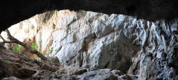 Daskalio Cave - Kalymnos